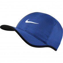CAPPELLO NIKE FEATHER LIGHT